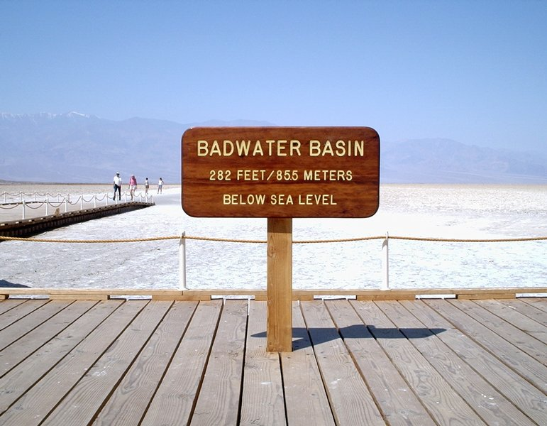 6. Badwater_elevation_sign (3)